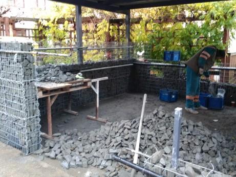 Ukázka stvaby gabionů a gabionových zdí ve Vizovicích